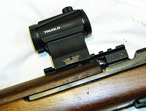 Close-up of TruSpec mounted on Chiappa's long rail.